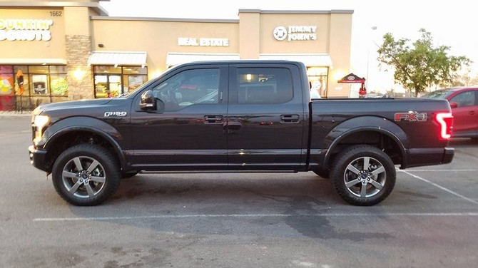 2015 Ford F150 4wd SuperCrew Toyo Open Country A/T II 275/60R20 (4455)