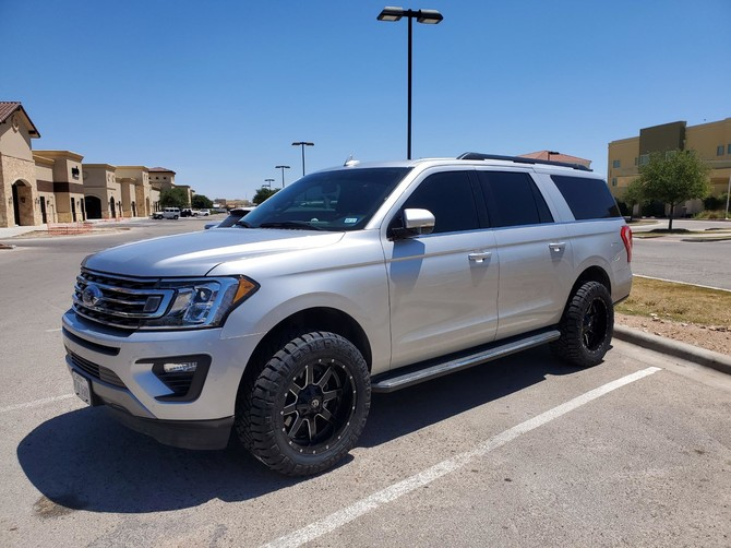 2019 Ford Expedition XLT Max Nitto Ridge Grappler 33/12.50R20 (6410)