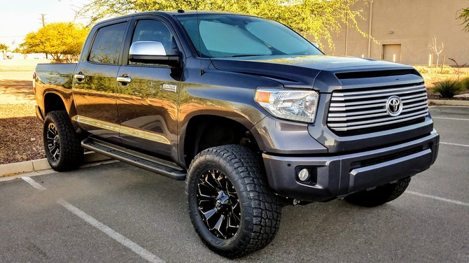 2015 Toyota Tundra CrewMax 4wd Nitto Terra Grappler G2 35/12.50R20 (2393)
