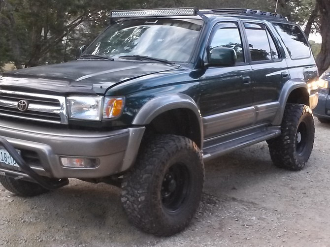 1999 Toyota 4Runner Limited 4wd Toyo Open Country M/T 305/70R16 (544