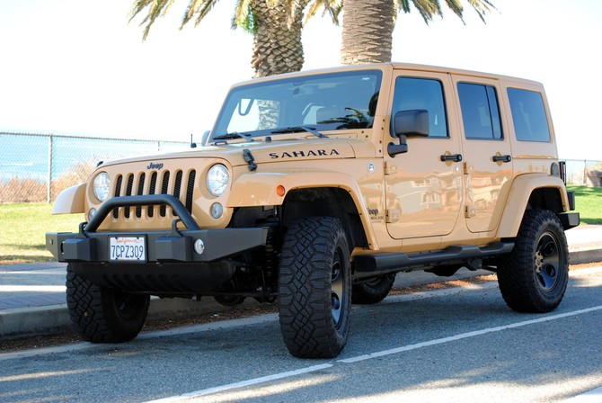 Aldo S 2014 Jeep Wrangler Unlimited Sahara