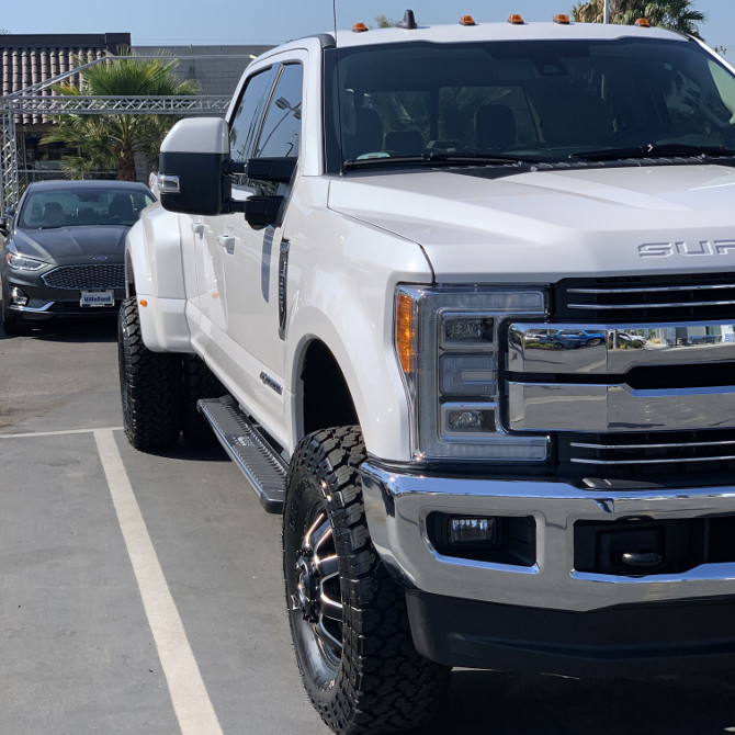 2019 Ford F350 Dually General Grabber A/T X 35/12.50R17 (5106)