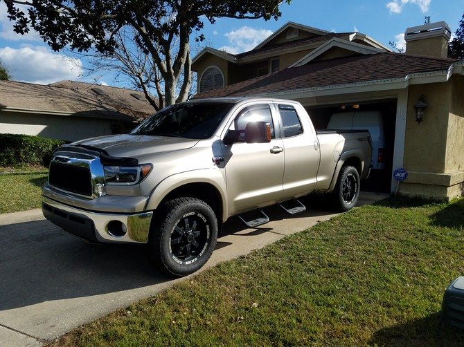 2007 Toyota Tundra Double Cab 4x4 Nitto Terra Grappler G2 305/55R20 (2177)