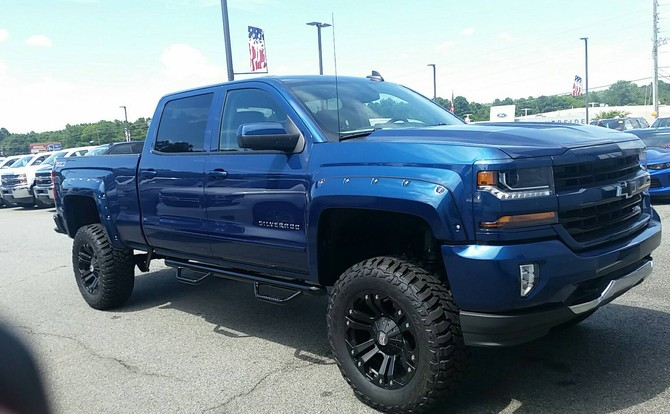 Tires Comparison Chart >> Blue_Ox's 2016 Chevrolet Silverado 1500 4wd Crew Cab