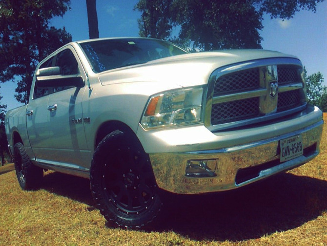 2010 Dodge Ram 1500 Sport 2wd Quad Cab Toyo Open Country M/T 33/12.50R20 (2581)