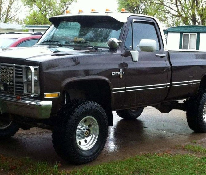 1984 Chevrolet K20 4wd Pick-up Cooper Discoverer ST MAXX 285/75R16 (5197)