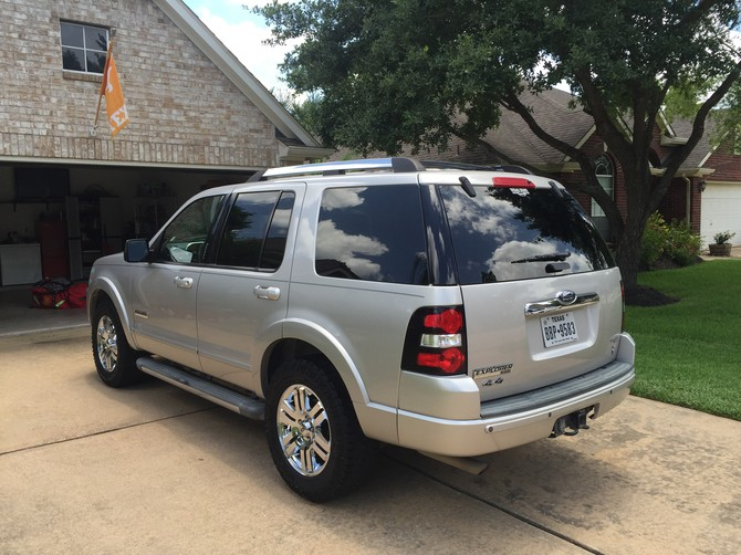 Brentwhite S 2006 Ford Explorer Limited 4wd