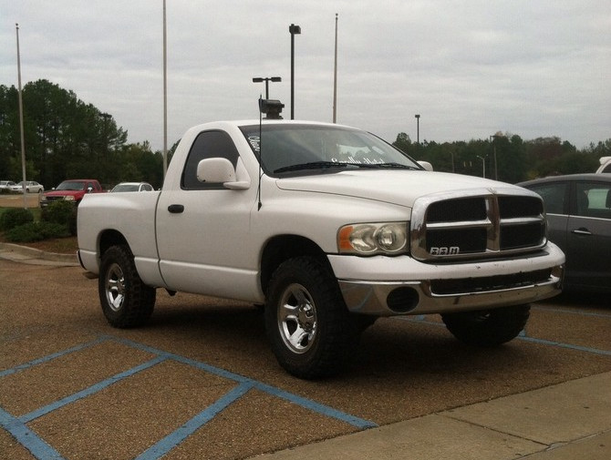2003 Dodge Ram 1500 Reg Cab 2wd Federal Couragia M/T 285/70R17 (1172)