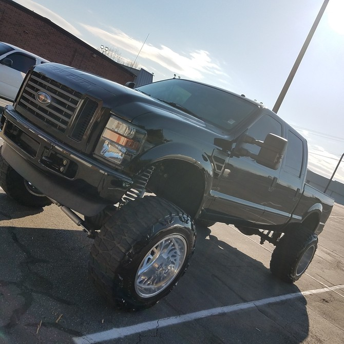 2008 Ford F250 FX4 Crew Cab 4x4 With TPMS Nitto Mud Grappler 40/15.50R22 (4144)