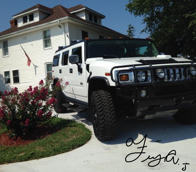 2003 Hummer H2 Base Model Toyo Open Country M/T 35/12.50R20 (1630)