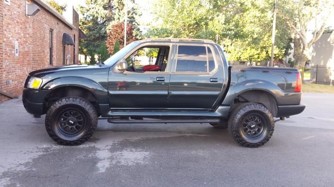 Gavinj S 2004 Ford Explorer Sport Trac 4wd