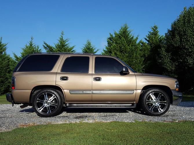 Gixer100038's 2004 Chevrolet Tahoe 4Wd