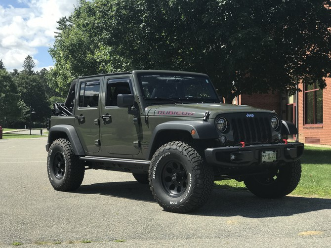 GnuRu's 2015 Jeep Wrangler Unlimited Rubicon