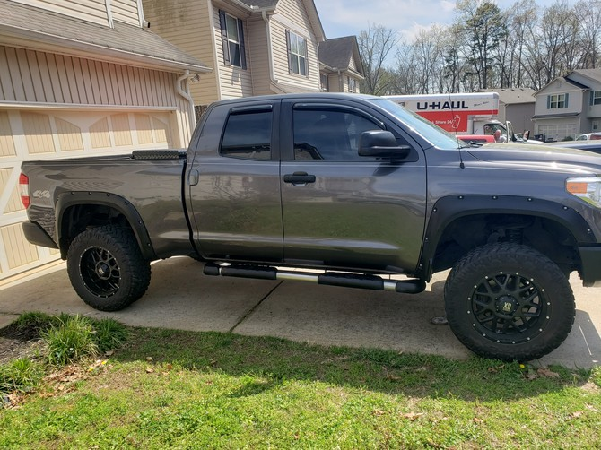 2014 Toyota Tundra Double Cab 4wd Nitto Trail Grappler M/T 295/60R20 (5477)