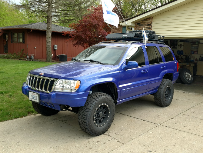 2001 Jeep Grand Cherokee Laredo BFGoodrich All Terrain T/A KO2 265/75R16