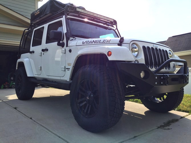 2015 Jeep Wrangler Unlimited Sahara Nitto Terra Grappler G2 295/70R18 (1712)