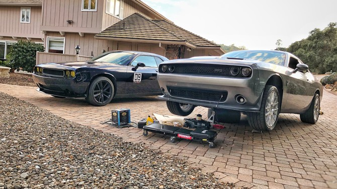 2017 Dodge Challenger R/T Scat Pack Nitto NT555 G2 305/35R20 (3797)