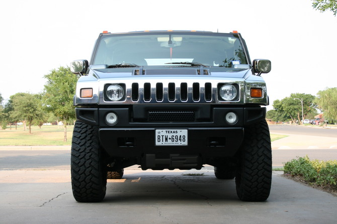 2005 Hummer H2 SUT Nitto Trail Grappler M/T 37/12.50R20 (2528)