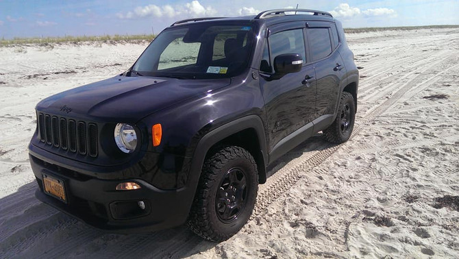 2016 Jeep Renegade Dawn Of Justice Ed. BFGoodrich All-Terrain T/A KO2 235/65R15 (3356)