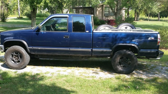 1993 Chevrolet K1500 Z71 Pick-up Nitto Terra Grappler 285/75R16 (908)