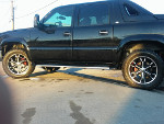 Lucy's 2005 Chevrolet Avalanche Regency Custom Conversiom