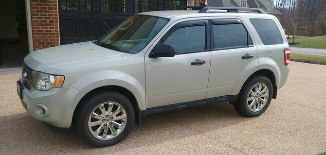 Meangirl S 2010 Ford Escape 2wd Xls 4cyl