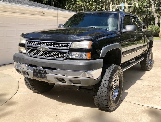 2005 Chevrolet Silverado 2500 Heavy Duty 4wd Crew Cab Toyo Open Country R/T 37/13.50R18 (3634)