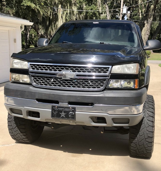 2005 Chevrolet Silverado 2500 Heavy Duty 4wd Crew Cab Toyo Open Country R/T 37/13.50R18 (3635)