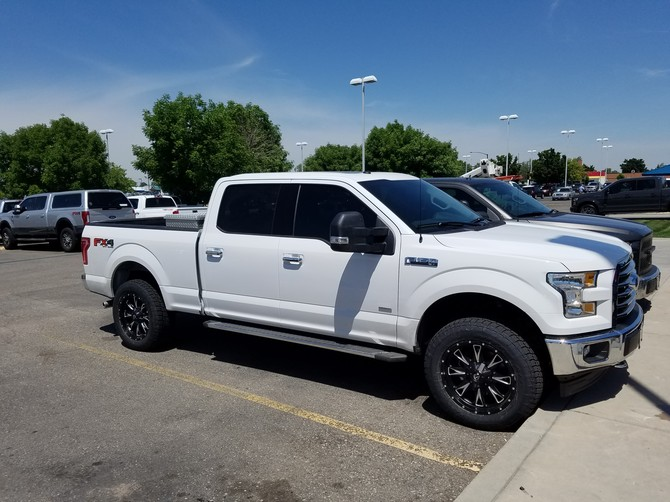 2017 Ford F150 4x4 supercrew Nitto Terra Grappler G2 275/60R20 (2489)