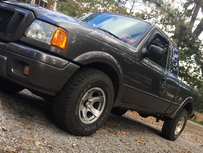 2005 Ford Ranger Super 2wd Edge Cooper Discoverer AT3 31/10.50R15 (3456)