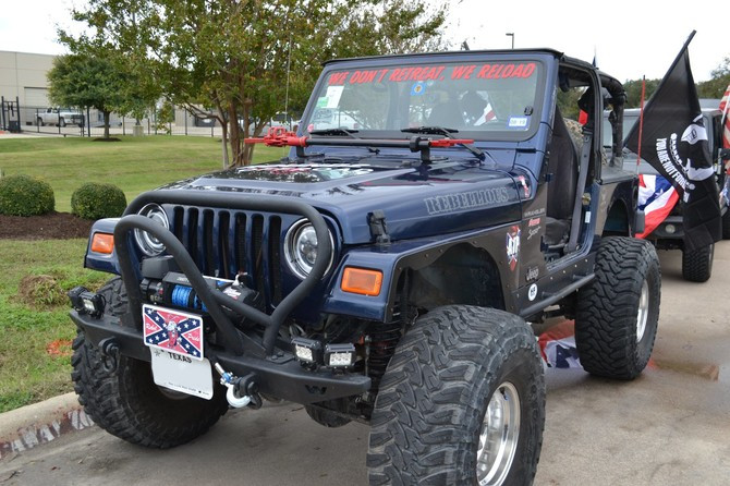 2002 Jeep Wrangler Sport Toyo Open Country M/T 37/14.50R15 (4702)