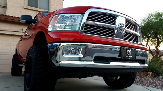 2012 Ram 1500 4wd Crew Cab Toyo Open Country M/T 35/12.50R20 (2390)