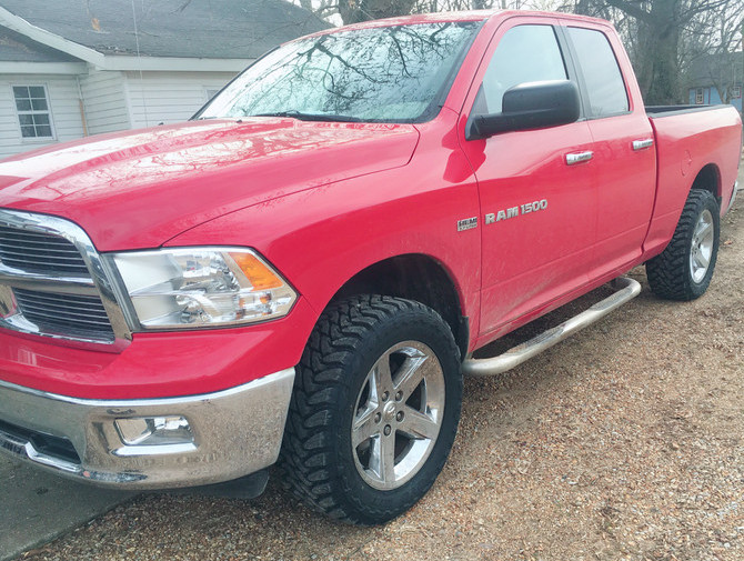 2012 Ram 1500 4wd Quad Cab Toyo Open Country M/T 295/55R20 (2138)