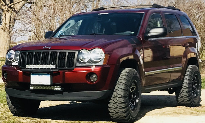 2007 Jeep Grand Cherokee Limited Interco Super Swamper SS-M16 31/10.50R17 (3245)