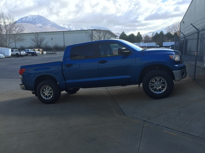 2008 Toyota Tundra CrewMax 4x4 Nitto Terra Grappler G2 295/70R18 (1930)