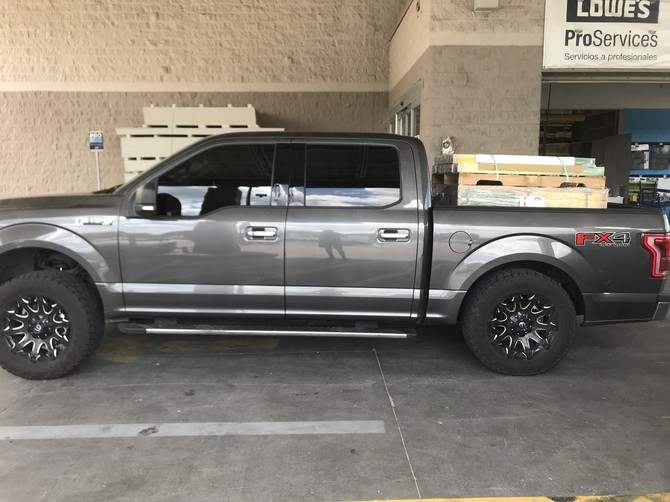 2017 Ford F150 4wd SuperCrew Toyo Open Country A/T II 305/55R20 (5395)