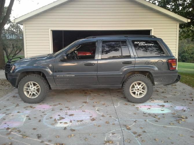 Ty S 2004 Jeep Grand Cherokee Laredo Standard Model