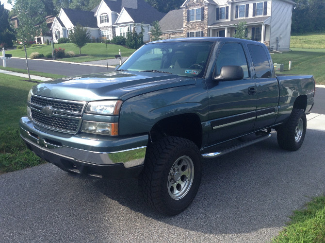2007 Chevrolet Silverado Classic K1500 Extended Cab Cooper Discoverer ST MAXX 275/65R17 (2038)