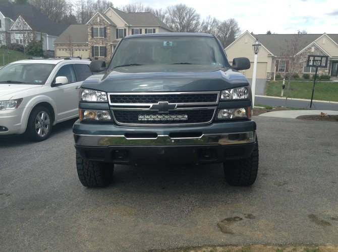 2007 Chevrolet Silverado Classic K1500 Extended Cab Cooper Discoverer ST MAXX 275/65R17 (2039)