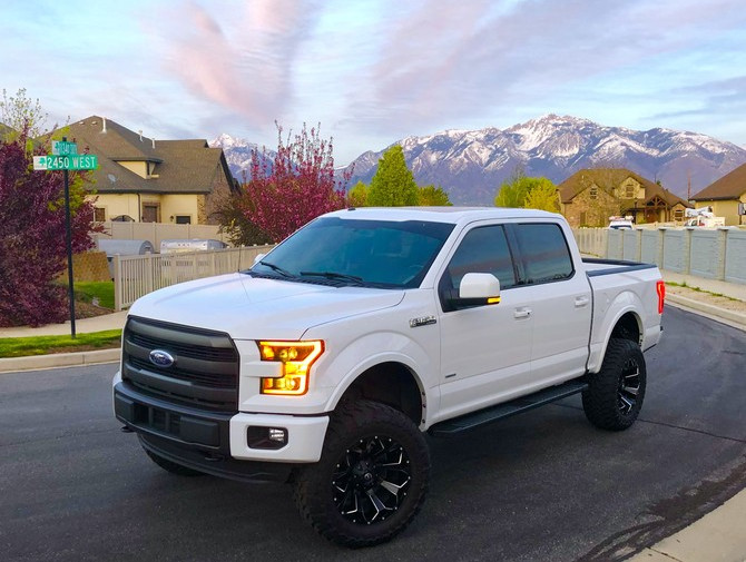 2015 Ford F150 4wd SuperCrew Toyo Open Country M/T 35/12.50R20 (4567)