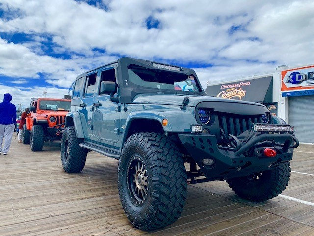 2015 Jeep Wrangler Unlimited Sahara Nitto Trail Grappler M/T 37/12.50R17 (4947)