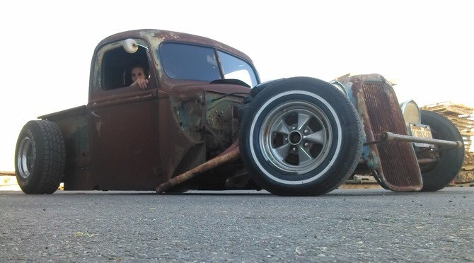 1940 Ford Rat Rod pickup On bags Cooper Discoverer AT3 265/75R15 (2034)