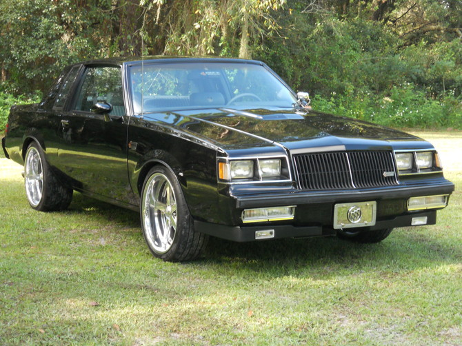 1987 BUICK REGAL GRAND NATIONAL Sumitomo HTR Z III 295/30R20 (1975)