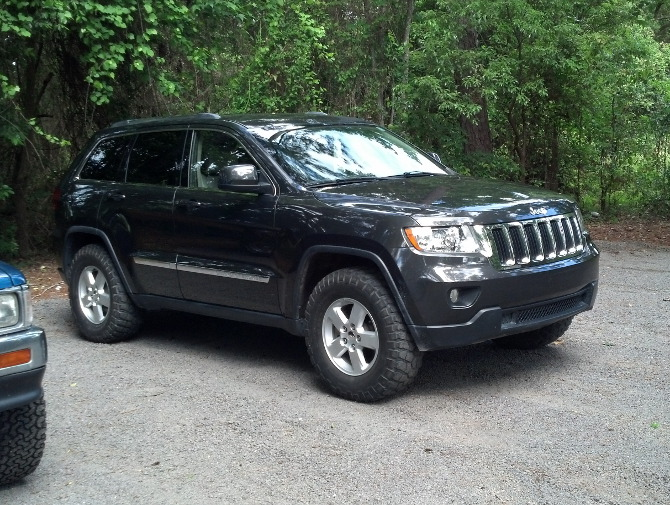 2008 jeep grand cherokee limited tire size