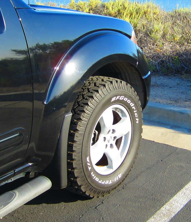 Sp2rays's 2008 Nissan Frontier Crew Cab LE