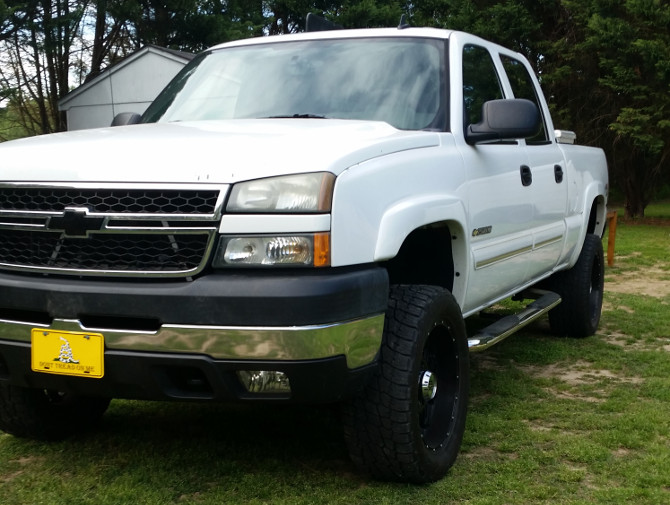 2006 Chevrolet Silverado 2500 Heavy Duty 4wd Crew Cab Nitto Terra Grappler G2 305/55R20 (2409)