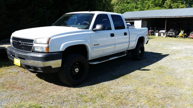 2006 Chevrolet Silverado 2500 Heavy Duty 4wd Crew Cab Nitto Terra Grappler G2 305/55R20 (2410)