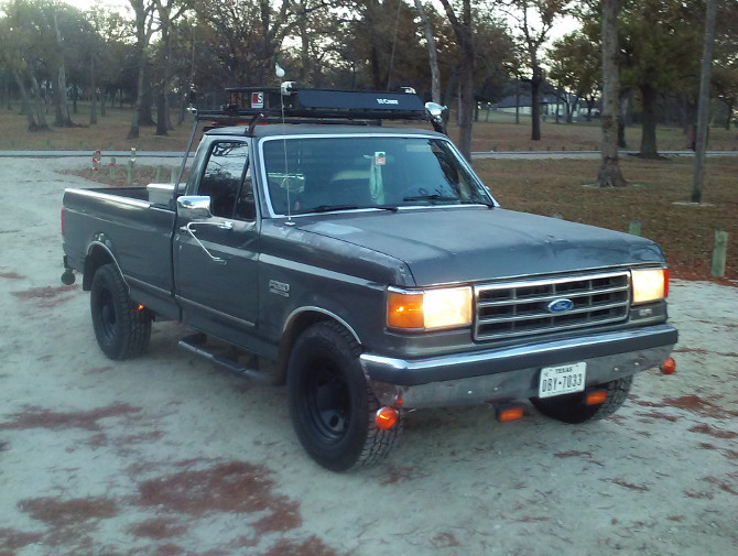 1990 Ford F250 2wd Pick-up Cooper Discoverer AT3 265/70R17 (2916)