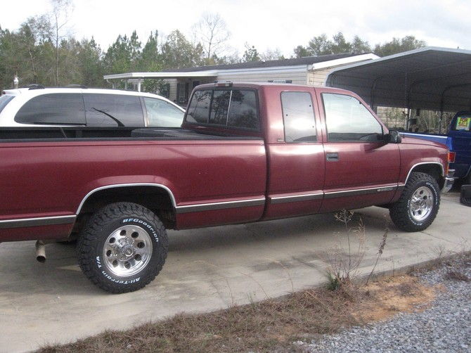 1996 Chevrolet C2500 Pick-up 2wd BFGoodrich All-Terrain T/A KO2 245/75R16 (2849)